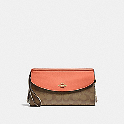 COACH F73121 Flap Clutch In Signature Canvas LIGHT KHAKI/CORAL/GOLD