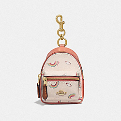 BACKPACK COIN CASE WITH ALLOVER RAINBOW PRINT - F73143 - CHALK/LIGHT CORAL/GOLD