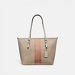 ZIP TOP TOTE IN SIGNATURE JACQUARD WITH VARSITY STRIPE - F73160 - LIGHT KHAKI/CORAL/GOLD