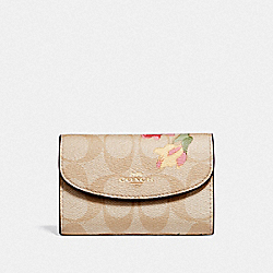 COACH F73366 - KEY CASE IN SIGNATURE CANVAS WITH LILY PRINT LIGHT KHAKI/PINK MULTI/IMITATION GOLD