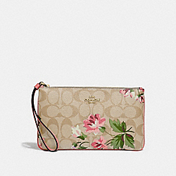 LARGE WRISTLET IN SIGNATURE CANVAS WITH LILY PRINT - F73368 - LIGHT KHAKI/PINK MULTI/IMITATION GOLD