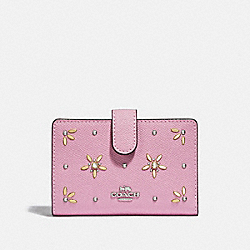 MEDIUM CORNER ZIP WALLET WITH ALLOVER STUDS - F73497 - TULIP