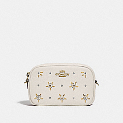 CONVERTIBLE BELT BAG WITH ALLOVER STUDS - F73614 - CHALK
