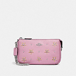 LARGE WRISTLET 19 WITH ALLOVER STUDS - F73615 - TULIP