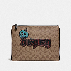 COACH F74075 Disney X Coach In Signature Canvas With Dopey TAN