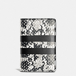 COACH F75179 Card Wallet In Python Stripe Leather CHALK