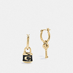 COACH F76462 Lock And Key Huggie Earrings GOLD