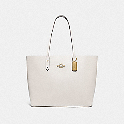 TOWN TOTE WITH SIGNATURE CANVAS INTERIOR - F76637 - CHALK/KHAKI/GOLD