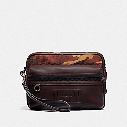 TERRAIN POUCH WITH CAMO PRINT - F76874 - RUST/BLACK ANTIQUE NICKEL