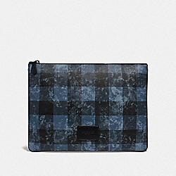 COACH F76964 Large Pouch With Grunge Buffalo Plaid Print QB/DENIM