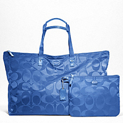 COACH F77316 - GETAWAY SIGNATURE NYLON LARGE PACKABLE WEEKENDER SILVER/COOL BLUE