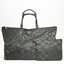 COACH F77316 - GETAWAY SIGNATURE NYLON LARGE PACKABLE WEEKENDER SILVER/GREY