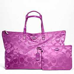 COACH F77316 Getaway Signature Nylon Large Packable Weekender SILVER/VIOLET/VIOLET