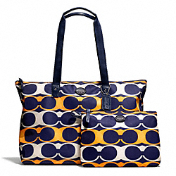 COACH F77406 - GETAWAY LINEAR C PRINT PACKABLE WEEKENDER ONE-COLOR