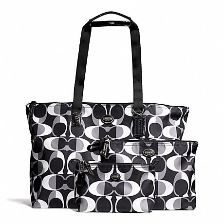 COACH f77486 GETAWAY SIGNATURE NYLON PACKABLE WEEKENDER WITH POUCH