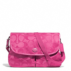 SIGNATURE NYLON MESSENGER - f77490 - SILVER/HOT PINK