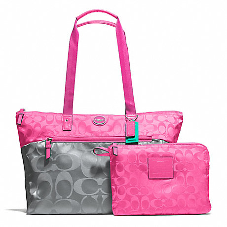 COACH F77560 SIGNATURE NYLON COLORBLOCK PACKABLE WEEKENDER SILVER/GREY/HOT-PINK
