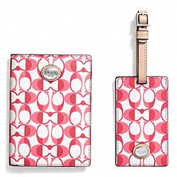 COACH F77589 Boxed Dream C Passport Case And Luggage Tag Set SILVER/WHITE POMEGRANATE/TAN