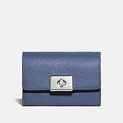 COACH F78107 Cassidy Turnlock Medium Wallet SV/BLUE LAVENDER
