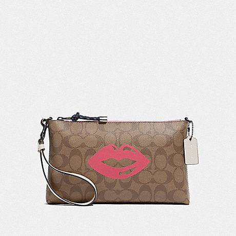 COACH F78305 LARGE WRISTLET 25 IN SIGNATURE CANVAS WITH LIPS MOTIF QB/KHAKI MULTI