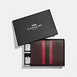 COACH F79850QBTAM - BOXED LARGE POUCH AND CARE KIT GIFT SET QB/TAN MULTI