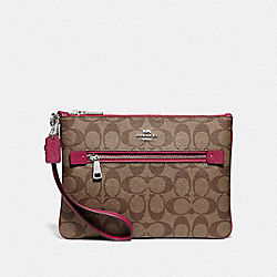 GALLERY POUCH IN SIGNATURE CANVAS - F79896 - SV/KHAKI DARK FUCHSIA