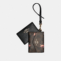 COACH F79923 - LANYARD SET IN SIGNATURE CANVAS WITH PARTY MOUSE PRINT IM/BROWN PINK MULTI