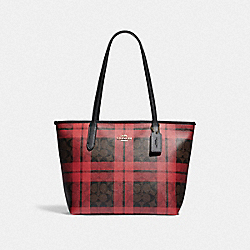 ZIP TOP TOTE IN SIGNATURE CANVAS WITH FIELD PLAID PRINT - F80028 - IM/BROWN TRUE RED MULTI