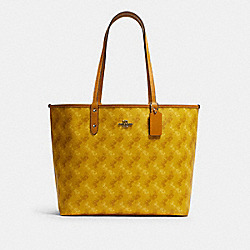 COACH F82134 - REVERSIBLE CITY TOTE WITH HORSE AND CARRIAGE PRINT SV/YELLOW MULTI