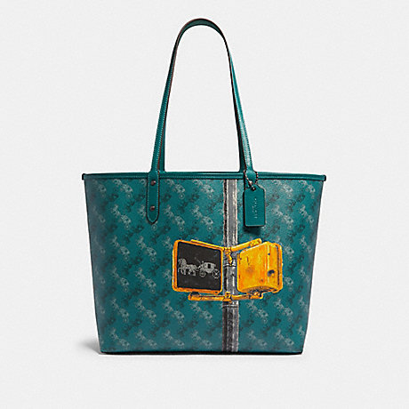 COACH F82135 REVERSIBLE CITY TOTE WITH HORSE AND CARRIAGE PRINT QB/VIRIDIAN-SAGE-MULTI