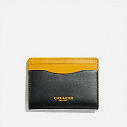 COACH F84744 Magnetic Card Case In Colorblock BLACK BANANA MULTI