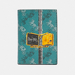 COACH F85039 Passport Case With Horse And Carriage Print QB/VIRIDIAN SAGE MULTI