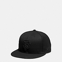 COACH F87250 Mlb Flat Brim Hat SF GIANTS