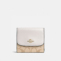 COACH F87589 - SMALL WALLET IN SIGNATURE CANVAS LIGHT KHAKI/CHALK/LIGHT GOLD
