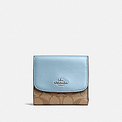 COACH F87589 Small Wallet In Signature Canvas KHAKI/PALE BLUE/SILVER