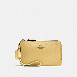 COACH F87590 Double Corner Zip Wristlet LIGHT YELLOW/SILVER