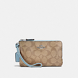 COACH F87591 Double Corner Zip Wristlet In Signature Canvas LT KHAKI/CORNFLOWER/SILVER