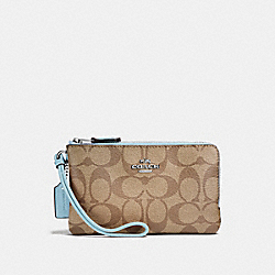 COACH F87591 Double Corner Zip Wristlet In Signature Canvas KHAKI/PALE BLUE/SILVER
