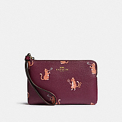 COACH F87874 Corner Zip Wristlet With Party Cat Print IM/DARK BERRY MULTI
