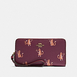 COACH F87891 - LARGE PHONE WALLET WITH PARTY CAT PRINT IM/DARK BERRY MULTI