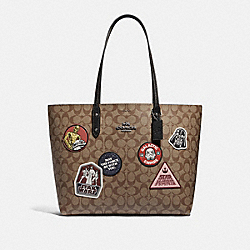 COACH F88020 - STAR WARS X COACH TOWN TOTE IN SIGNATURE CANVAS WITH PATCHES QB/KHAKI MULTI