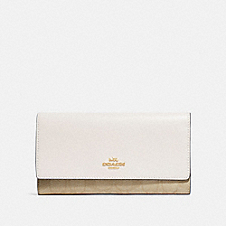 COACH F88024 - TRIFOLD WALLET IN SIGNATURE CANVAS IM/LIGHT KHAKI/CHALK