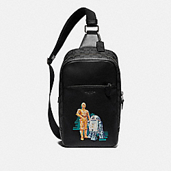 STAR WARS X COACH WESTWAY PACK IN SIGNATURE CANVAS WITH C-3PO AND R2-D2 - F88064 - QB/BLACK MULTI