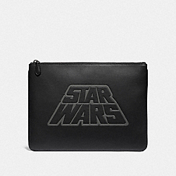 COACH F88366 - STAR WARS X COACH LARGE POUCH WITH MOTIF QB/BLACK