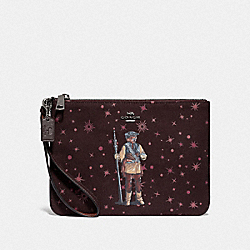 COACH F88487 - STAR WARS X COACH GALLERY POUCH WITH PRINCESS LEIA AS BOUSHH QB/OXBLOOD MULTI