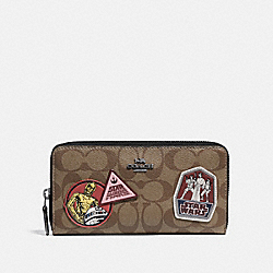 COACH F88560 - STAR WARS X COACH ACCORDION ZIP WALLET IN SIGNATURE CANVAS WITH PATCHES QB/KHAKI MULTI