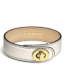 COACH F94165 - LEATHER WRAP TURNLOCK BRACELET GOLD/IVORY