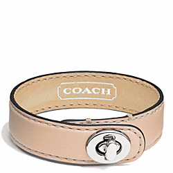 COACH F94165 Leather Wrap Turnlock Bracelet SILVER/VACHETTA