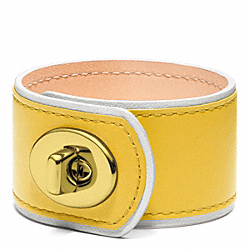 MEDIUM LEATHER TURNLOCK CUFF - f96319 - BRASS/YELLOW