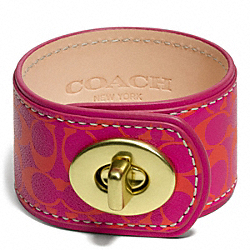COACH F96539 Signature C Leather Turnlock Bracelet BRASS/PINK